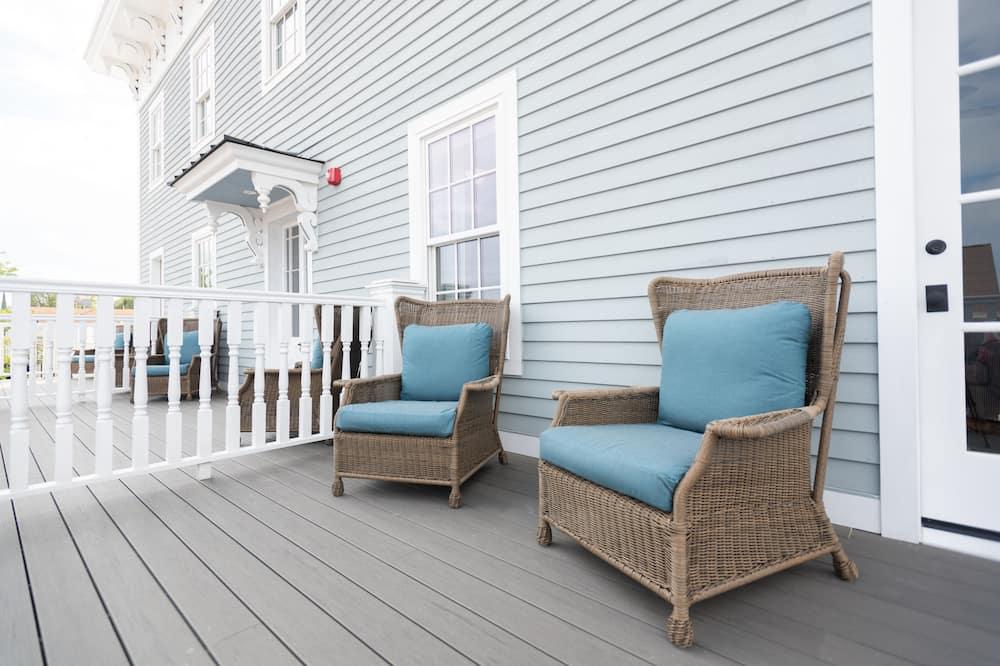 Balcony Suite King - מרפסת