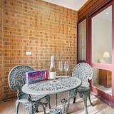 Townhome, 3 Bedrooms, 2 Bathrooms - Balcony