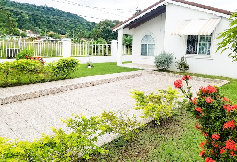 Private and Cozy home, Montego Bay