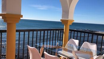 Mijas bölgesindeki Apartment on the beachfront resmi