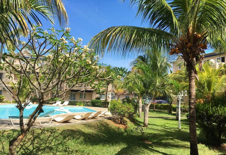 Apartment With 2 Bedrooms in Flic en Flac, With Wonderful Mountain View, Shared Pool, Enclosed Garden - 500 m From the Beach, Flic-en-Flac, Pool