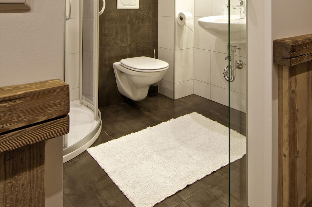 Basic-Doppelzimmer, 1King-Bett, Nichtraucher - Badezimmer