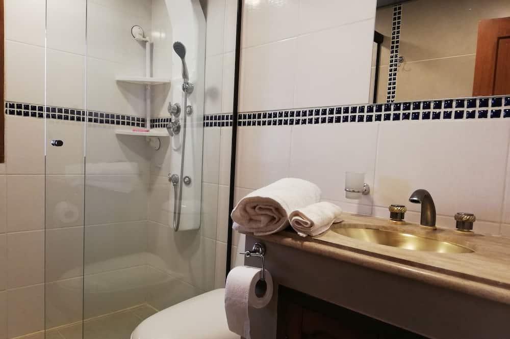 Deluxe-hus - flere senge - handicapvenligt - ikke-ryger - Badeværelse