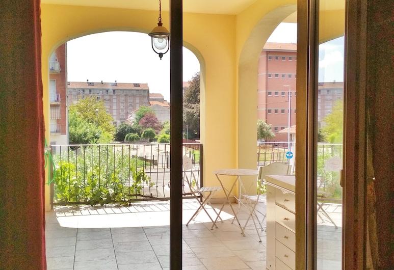 Casa con giardino, Turin, Terrace/Patio