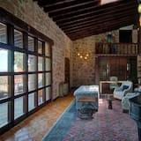 Luxury Σουίτα, 1 King Κρεβάτι, Μη Καπνιστών, Θέα στην Πόλη - Περιοχή καθιστικού