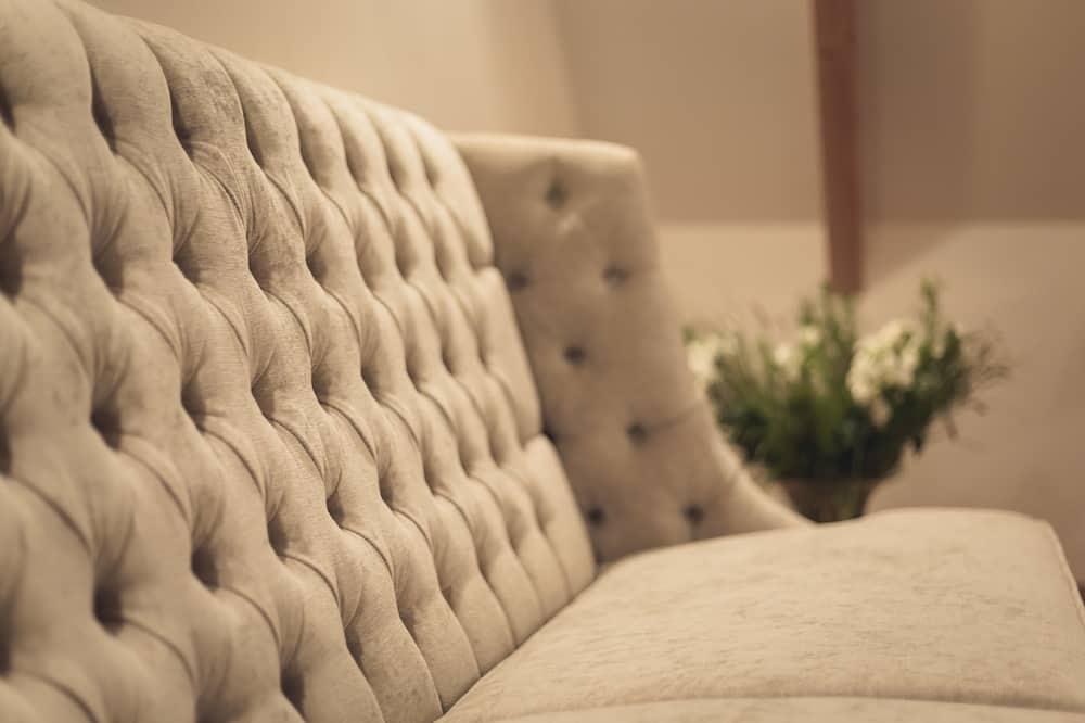 Izba typu Deluxe, 1 spálňa, bezbariérová izba, nefajčiarska izba - Obývačka