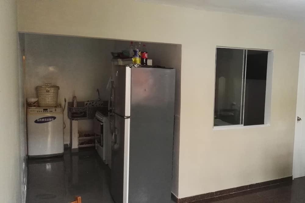 Habitación familiar, no fumadores - Elementos de la cocina compartida