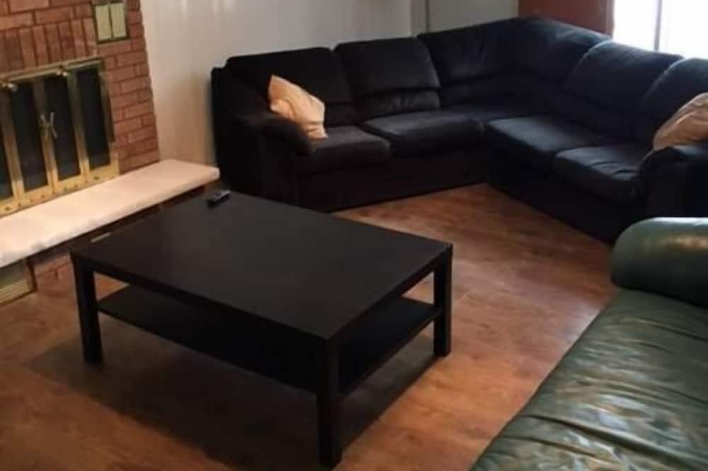 Rodinný domek, více lůžek, nekuřácký, výhled do zahrady - Obývací prostor