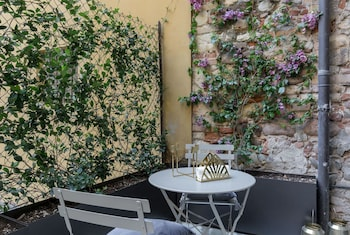 Werona — zdjęcie hotelu Dimora Tito Speri Boutique Apartment in Verona