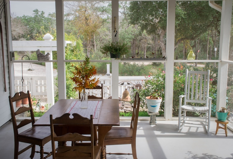 Alexandra's House Bed and Breakfast, San Marcos, Āra ēdināšanas zona