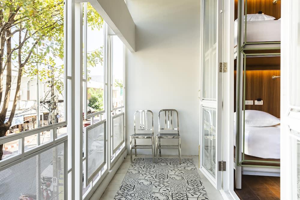 Shared Dormitory, 1 Katil Ratu (Queen), City View - Balkoni