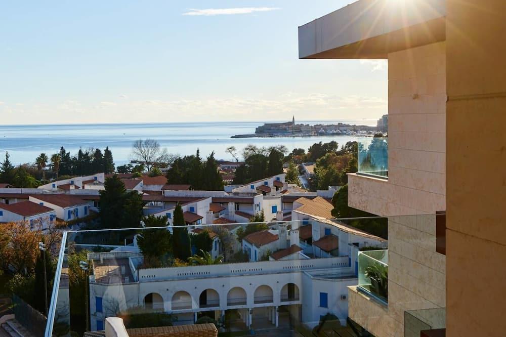 Elite Apartment, Sea View - Balcony