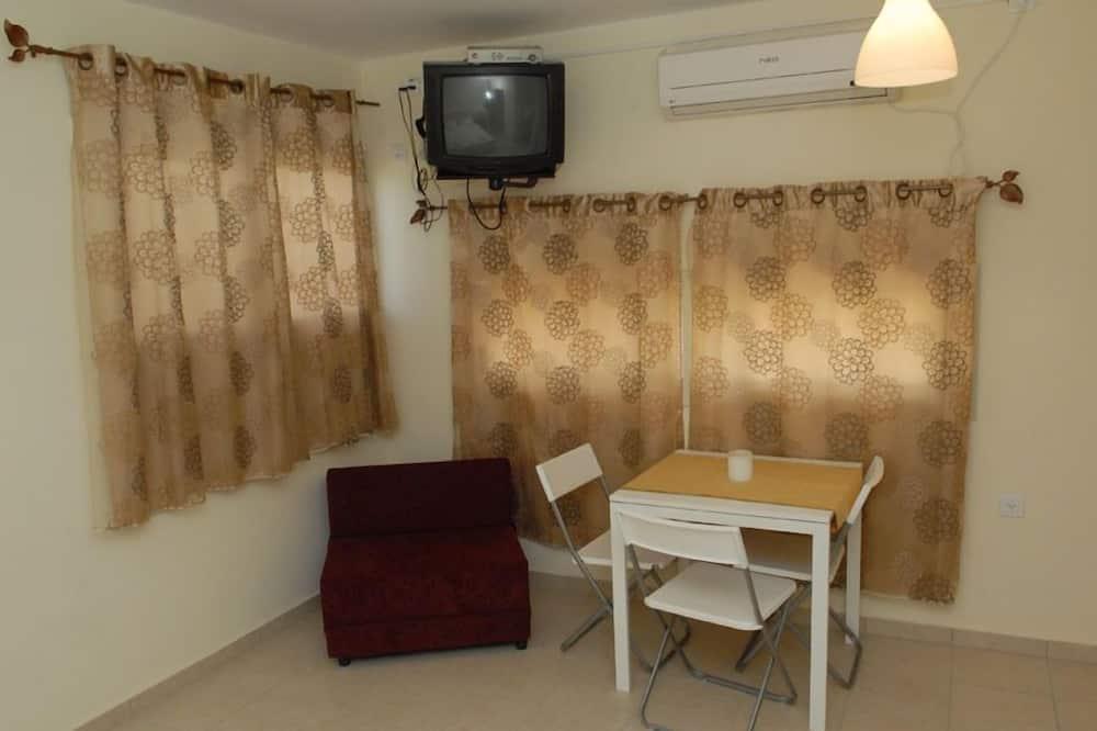 Klasikinio tipo trivietis kambarys, Nerūkantiesiems - Vakarienės kambaryje