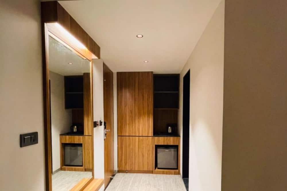 Premium soba, 1 bračni krevet, za nepušače - Obroci u sobi