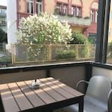 Junior Apartment, Courtyard View - Balcony