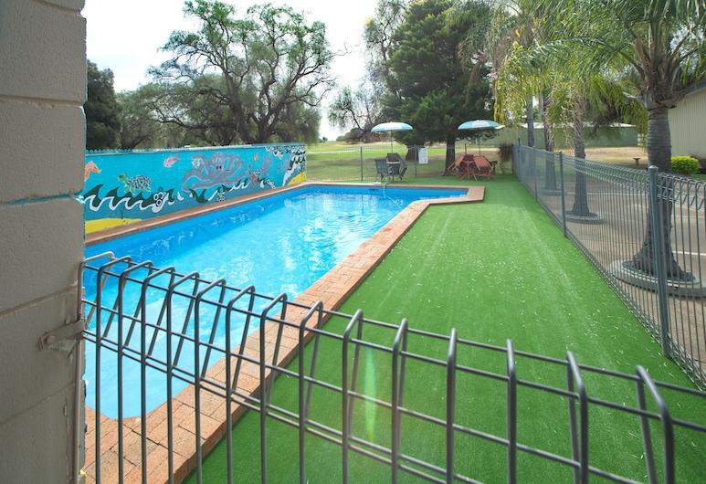 Peppercorn Motor Inn, Narromine, Outdoor Pool