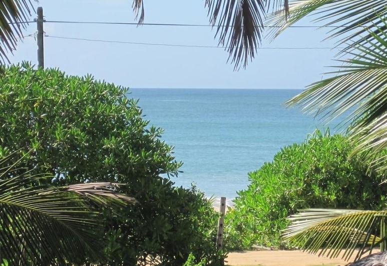 Beach Lagoon Guest House, טאנגאלה, חוף ים