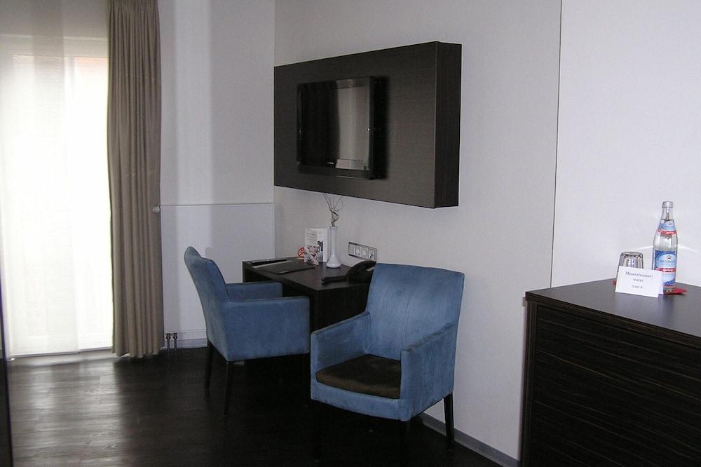 Phòng 3 - Khu phòng khách