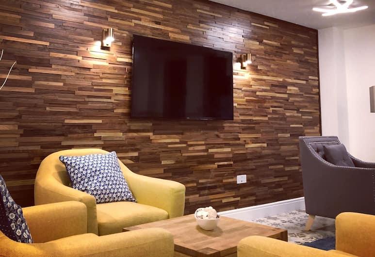Hilux Apartments Birmingham, Birmingham, Lobby Sitting Area