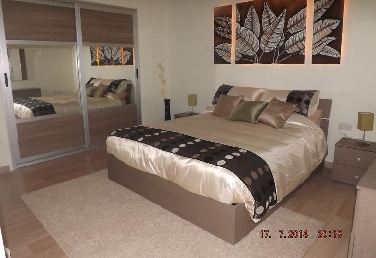 シービュー 3 ベッドルーム モダン アパートメント, マルサスカーラ