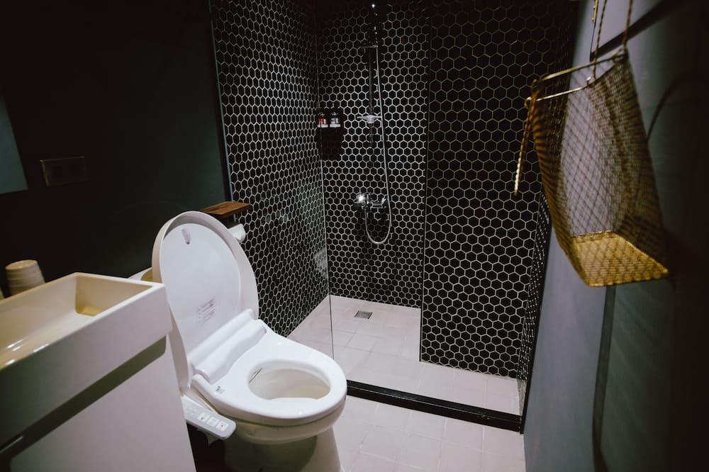 Basic Δωμάτιο, 1 Διπλό Κρεβάτι, Μη Καπνιστών - Μπάνιο