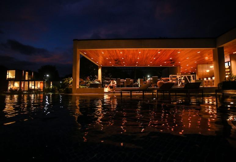 Cala Laiya, San Juan, Outdoor Pool
