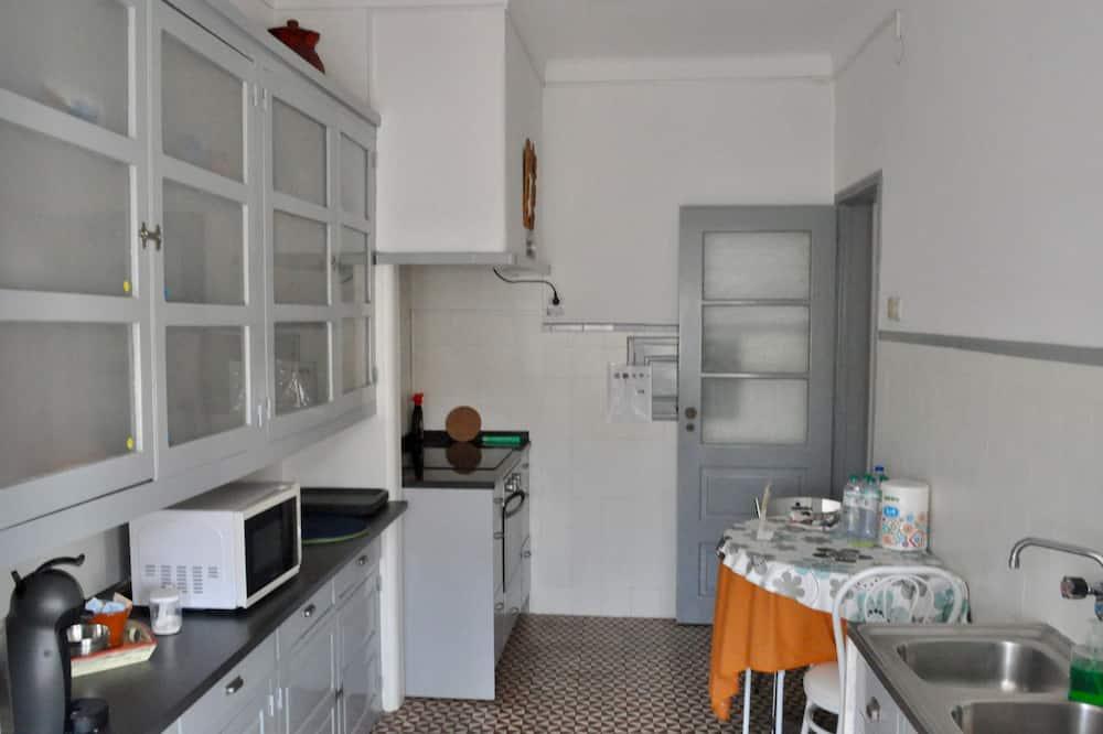 Standard Apart Daire, 3 Yatak Odası - Ortak mutfak
