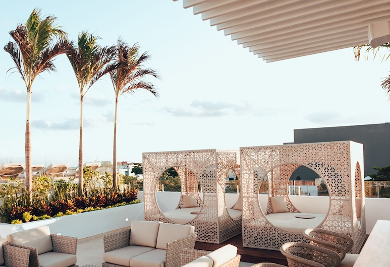 Antera Hotel & Residences, Plaja del Karmenas, Terasa / vidinis kiemas