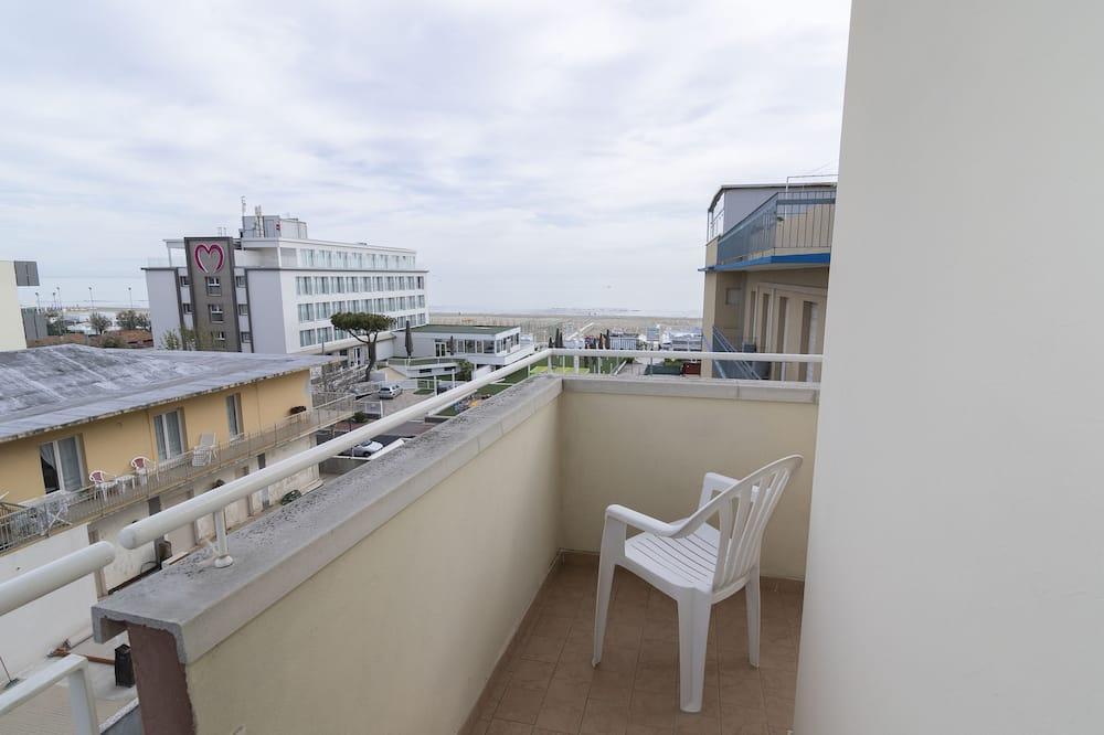 Superior Quadruple Room, Partial Sea View - Balcony