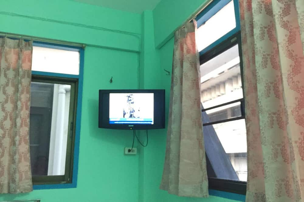 Standard Single Room with Fan and Private Bathroom - Television