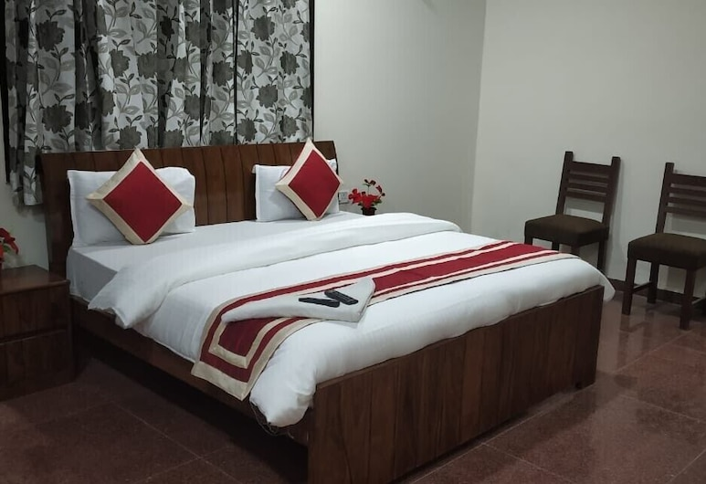 Hotel Marigold, New Delhi, Deluxe Room, 1 Large Twin Bed, Accessible, City View, Guest Room