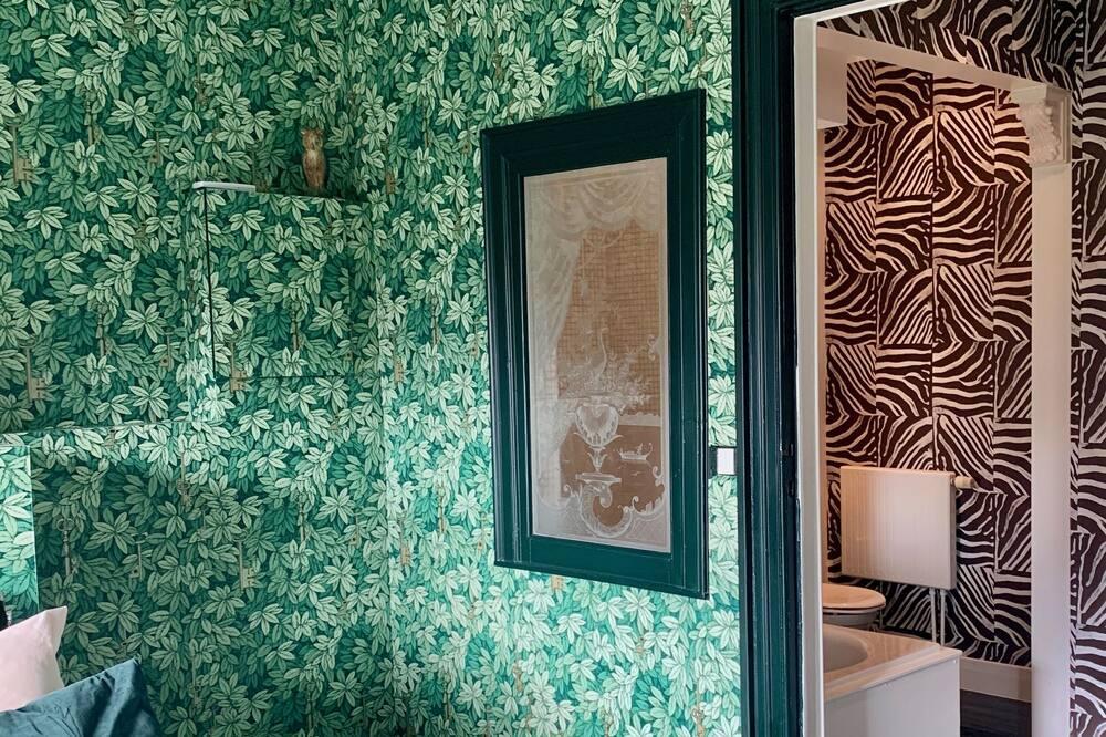 ห้องดีลักซ์สตูดิโอสวีท, ปลอดบุหรี่, วิวสวน - ห้องน้ำ