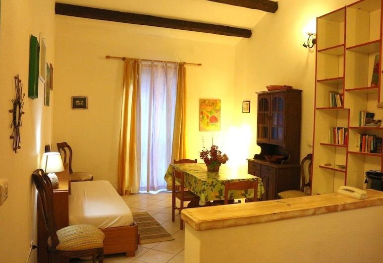 迪安納民宿, 聖特雷莎加盧拉, 公寓, 1 間臥室, 客廳