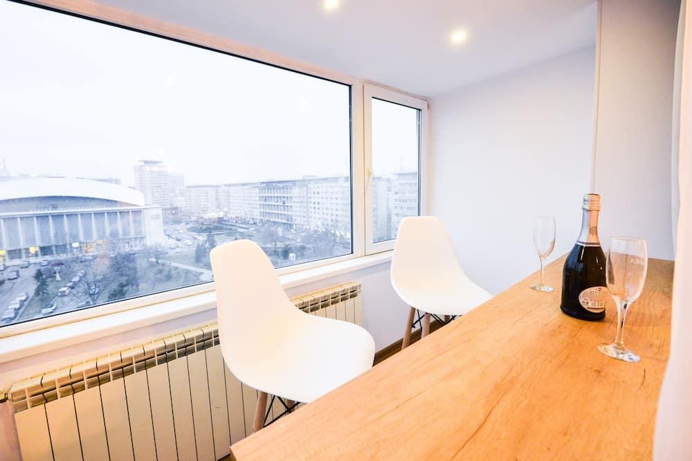 Deluxe Apartment, 2 Bedrooms - Teres/Laman Dalam