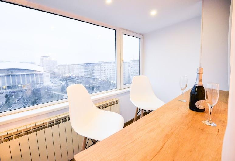 Grand Accomodation Apartments, Бухарест, Апартаменти «Делюкс», 2 спальні, Тераса/внутрішній дворик