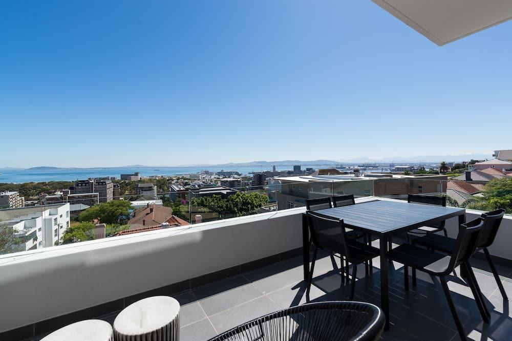 Premier-Apartment, Mehrere Betten, Nichtraucher, Meerblick - Balkon