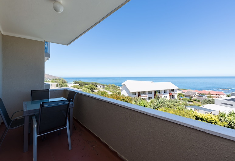 Panorama 9, Cape Town, Premier Apartment, 2 Bedrooms, Non Smoking, Beach View, Balcony