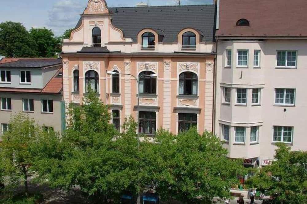 Desain gedung