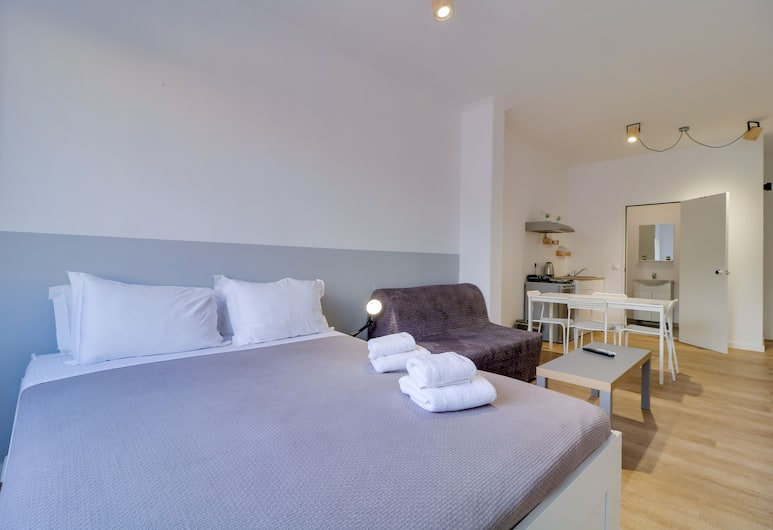apartotel.acropolis.view, Athens, Apartment, 1 Queen Bed with Sofa bed, Non Smoking, City View, Room