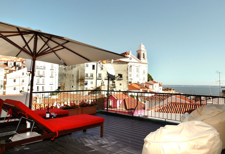 Best Terrace River view Alfama Apartment, Lizbona, Apartament, 1 sypialnia, taras, Balkon