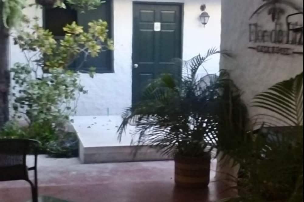 双人房 - 庭院景观