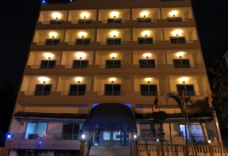 Maple Leaf Hotel, Accra, Hotel Front – Evening/Night