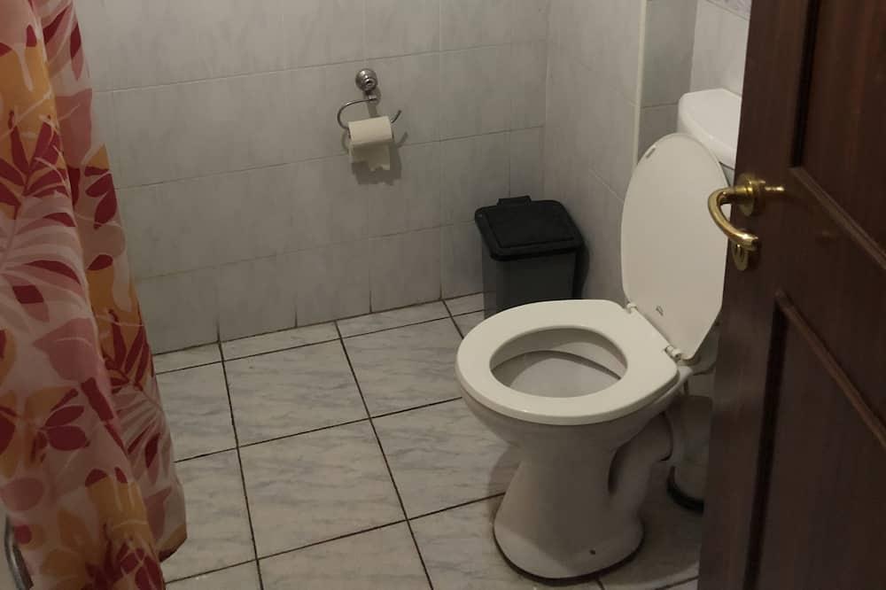 ห้องดีลักซ์ทวิน, ปลอดบุหรี่, วิวเมือง - ห้องน้ำ