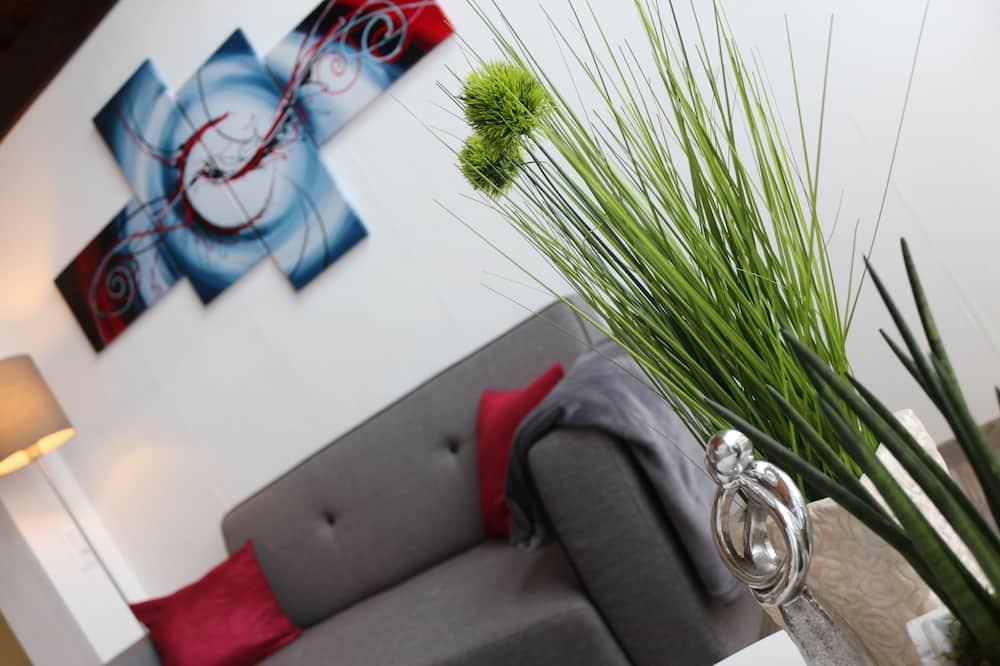 Junior Suite, Japanese Futon - Living Area