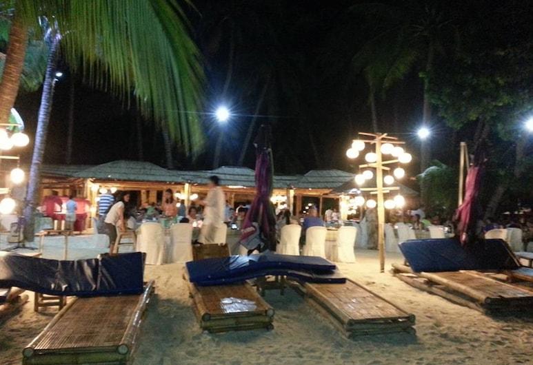 제즈셀렌즈 가든 코티지, Boracay Island, 해변