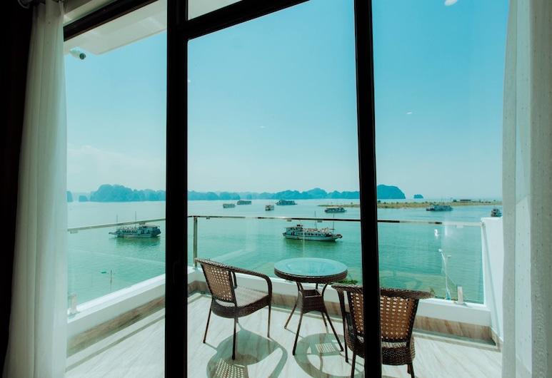 Sun Bay Hotel, Ha Long, Svit Executive, Balkong