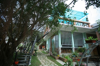 Bo Trach bölgesindeki Ngoc's Garden House resmi