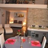Romantisches Doppelzimmer - Essbereich im Zimmer