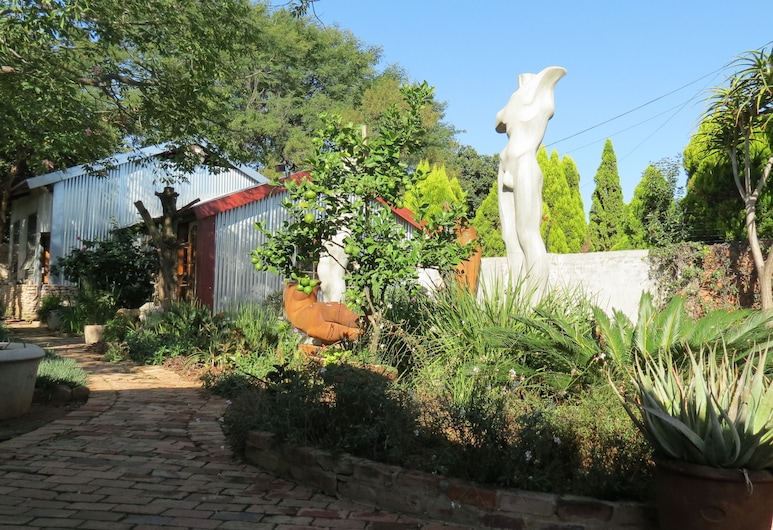 The Sculpture Yard, Pretoria, Property Grounds