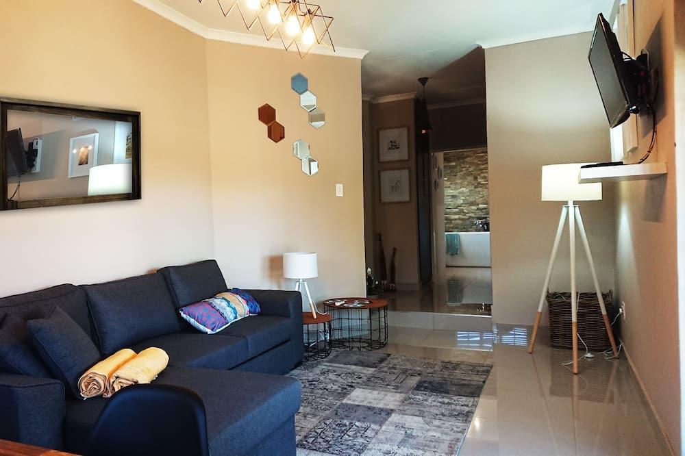 Classic Cottage (Modjadji) - Living Area